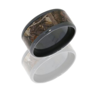 Lashbrook Z12B18(NS)/KINGSWOODLAND POLISH Camo Wedding Ring or Band