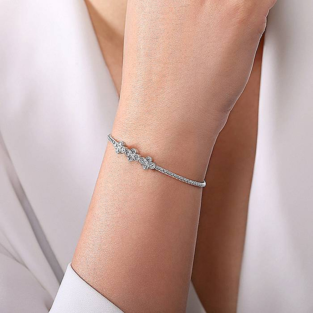 Gabriel Fashion 14 Karat Diamond Bujukan Bangle Bracelet BG4115W45JJ Alternative View 3