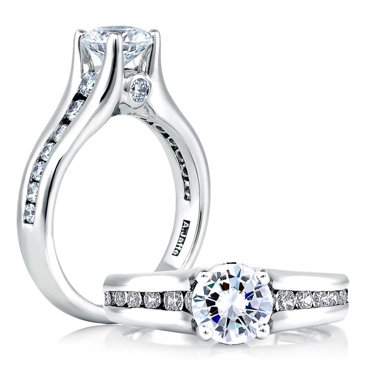 A Jaffe Platinum Classic Engagement Ring ME1258 / 159