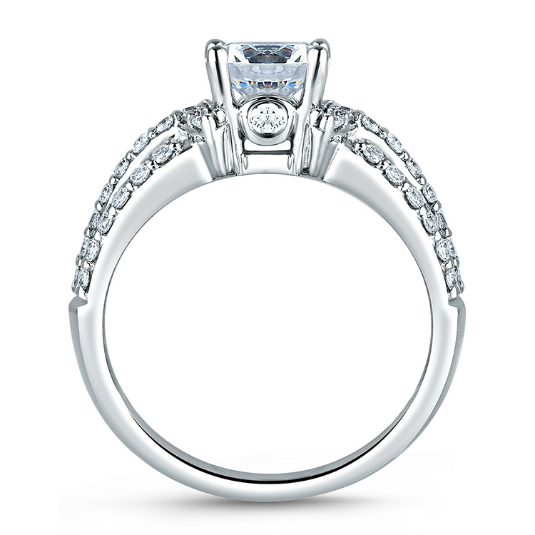 A Jaffe Platinum Classic Engagement Ring ME1288  Alternative View 1