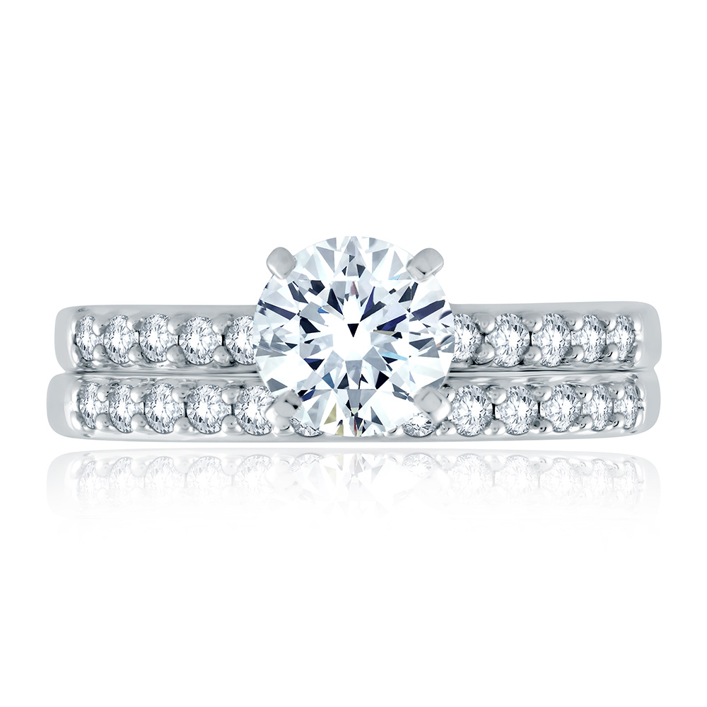 A Jaffe 18 Karat Classic Engagement Ring ME1401 Alternative View 3