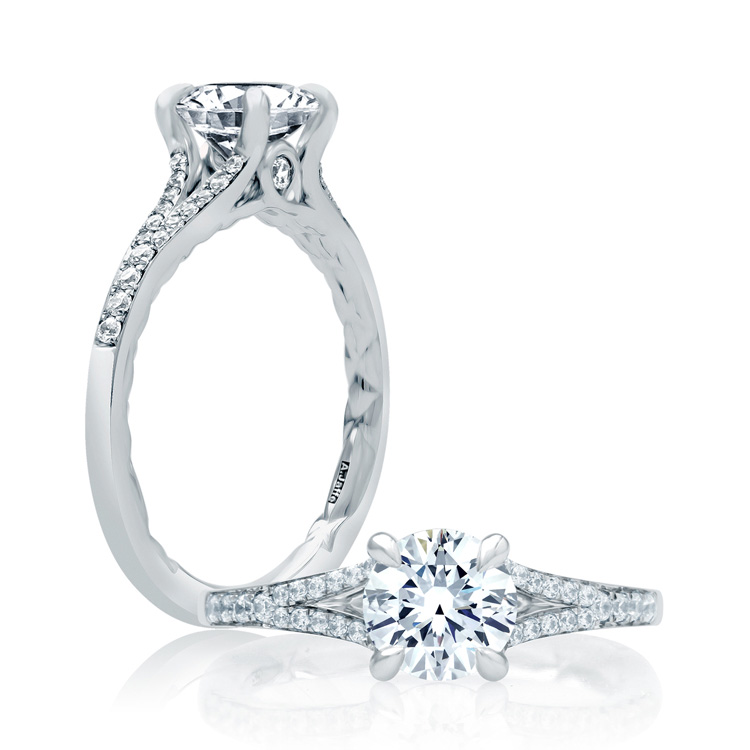 a jaffe 18 karat classic engagement ring me2025q tq diamonds
