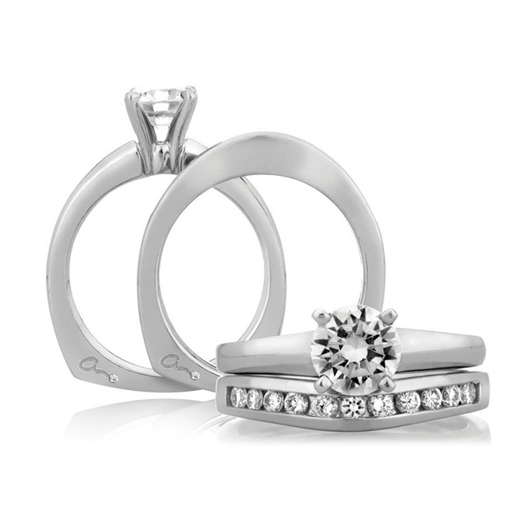 A Jaffe 14 Karat Solitaire Engagement Ring MES032 Alternative View 3