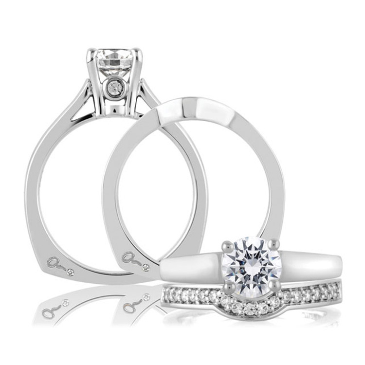 A Jaffe 18 Karat Solitaire Engagement Ring MES063 Alternative View 3
