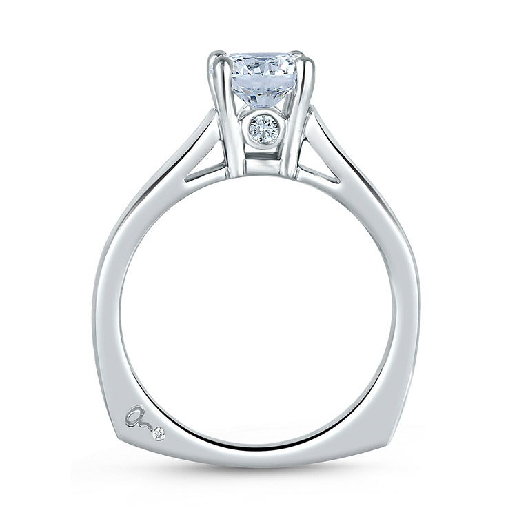 A Jaffe 18 Karat Solitaire Engagement Ring MES063 Alternative View 1