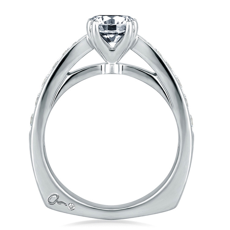 A Jaffe 18 Karat Signature Engagement Ring MES233 Alternative View 1