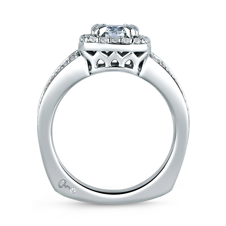 A Jaffe 18 Karat Signature Engagement Ring MES264 Alternative View 1