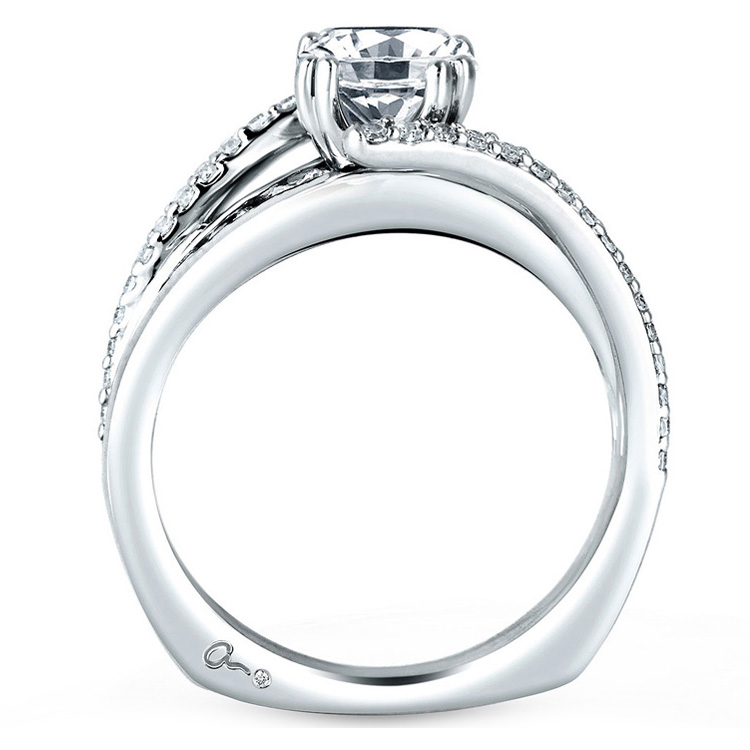 A Jaffe Platinum Signature Engagement Ring MES272 / 63 Alternative View 1