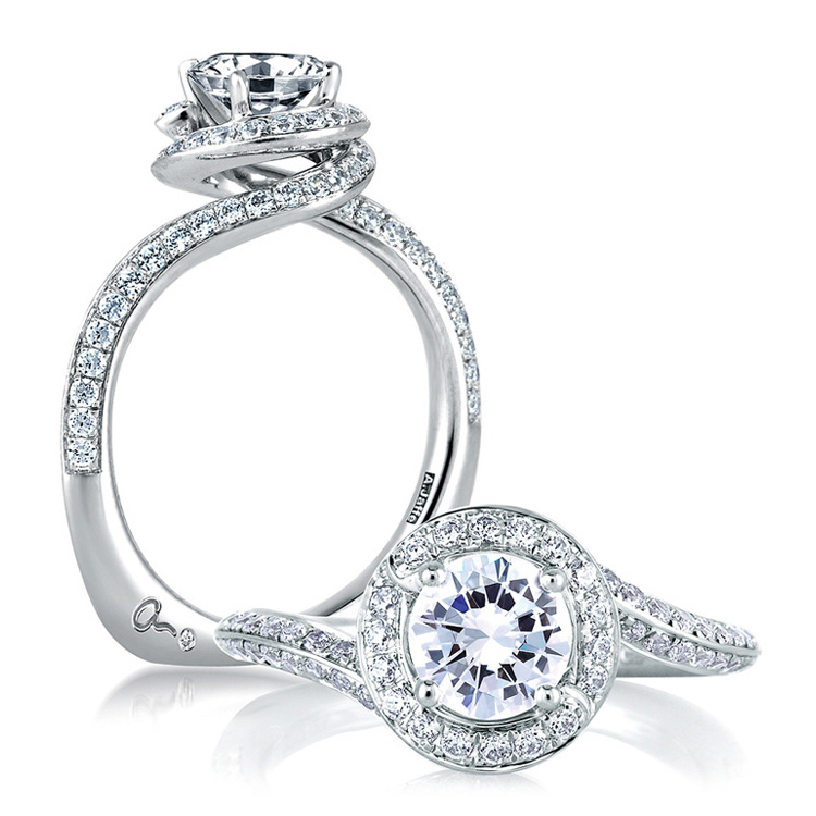 A Jaffe 18 Karat Signature Engagement Ring MES322