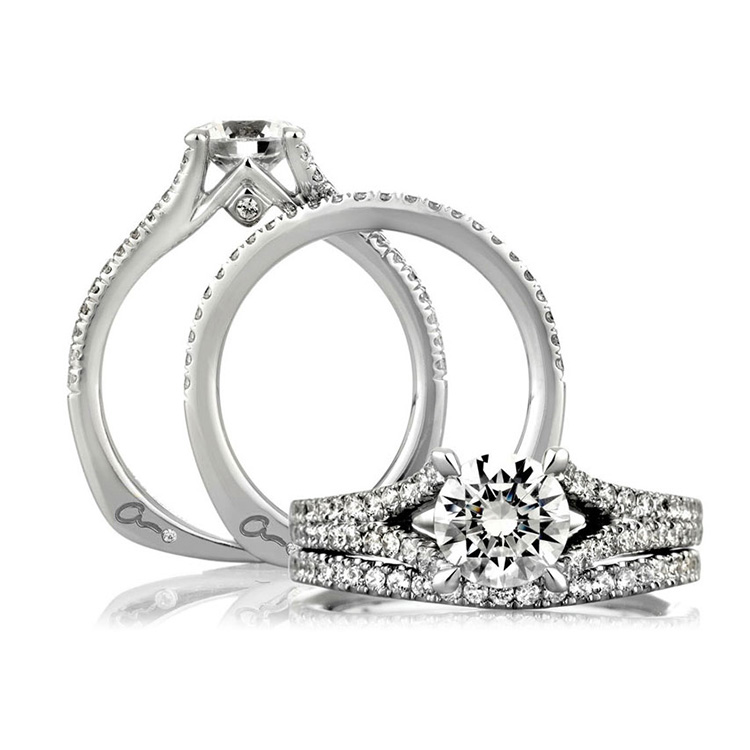 A Jaffe Platinum Signature Engagement Ring MES333 Alternative View 3