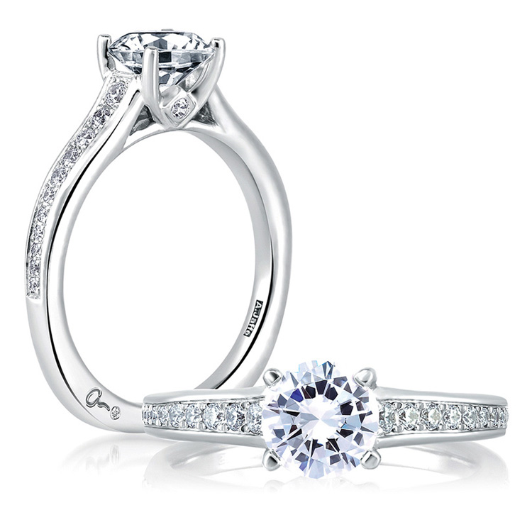 A Jaffe 18 Karat Signature Engagement Ring MES336